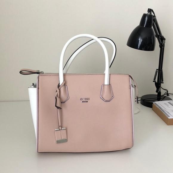 Guess Handbags - Brand new Guess bag 7fbb0c5742610
